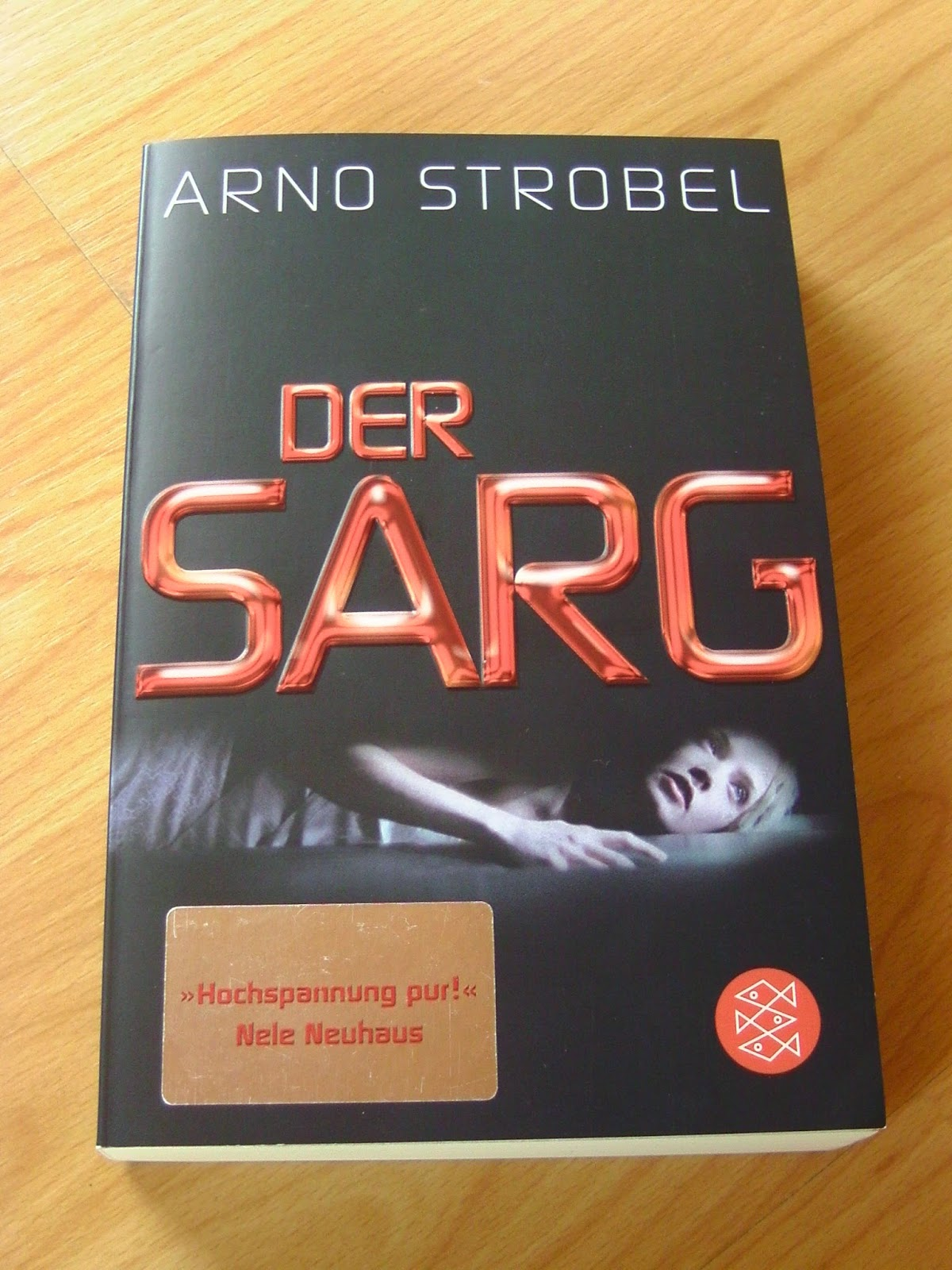 http://steffis-und-heikes-lesezauber.blogspot.de/2014/09/rezension-der-sarg-arno-strobel.html