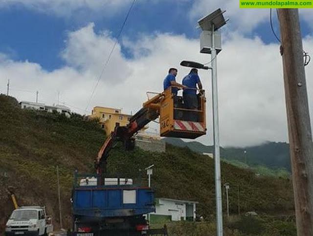 Puntallana comienza la instalación de farolas fotovoltáicas