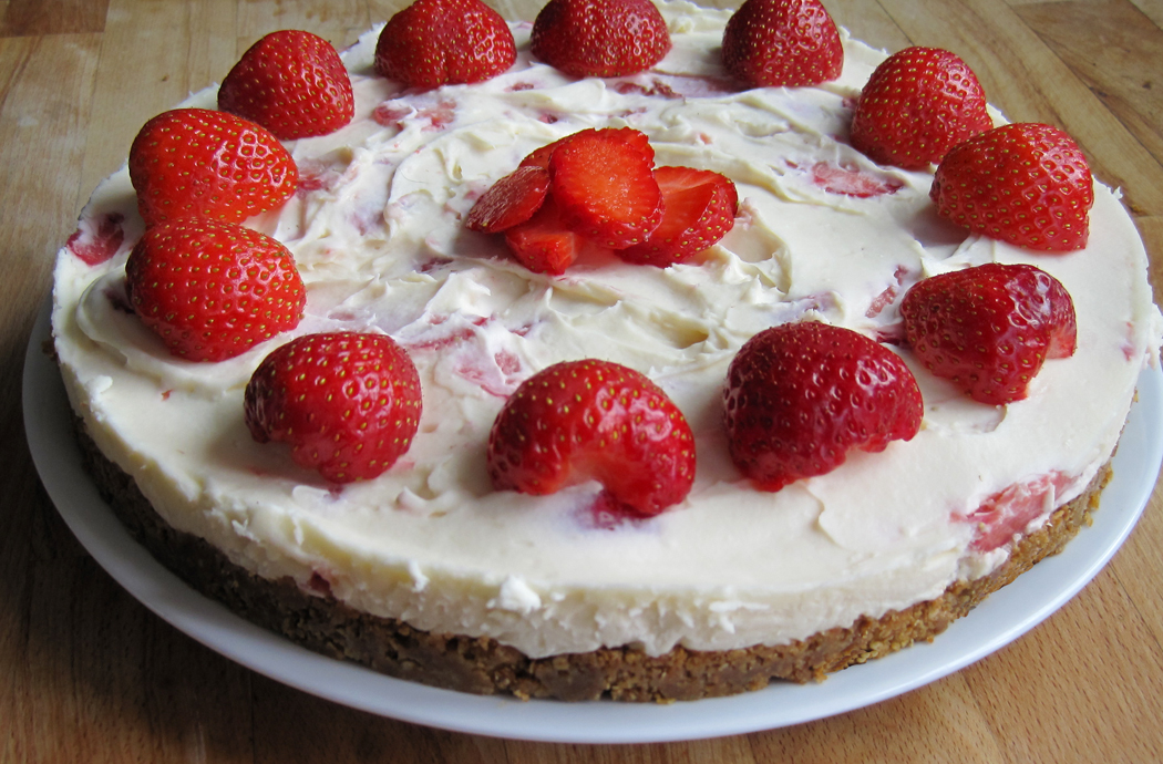 Strawberry White Chocolate and Vanilla Cheesecake