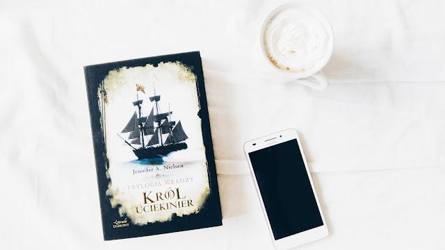 """Trylogia władzy ,, Król uciekinier""""- Jennifer A. Nielsen"""