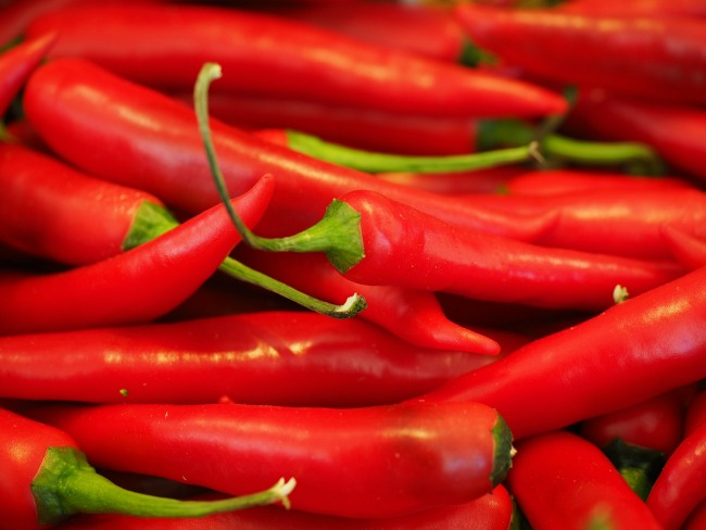 10-Aphrodisiacs-to-Boost-your-Love-Life-red-chillies