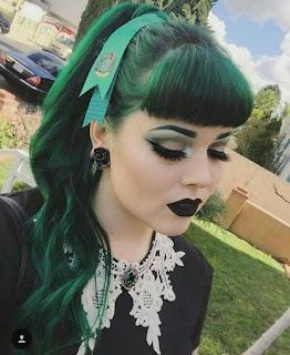แบบทรงผมผู้หญิงสไตล์ Goth