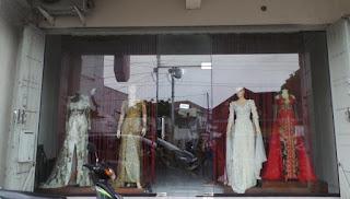 Desainer Solo Hanif Aisyah Perancang Baju Pengantin Kahiyang
