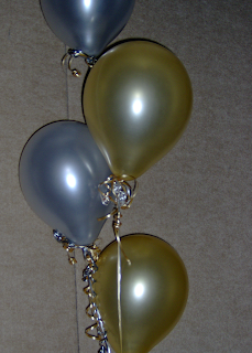 new year resolutions balloons