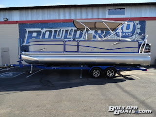 http://www.boulderboats.com/pre_owned_detail.asp?veh=4782771