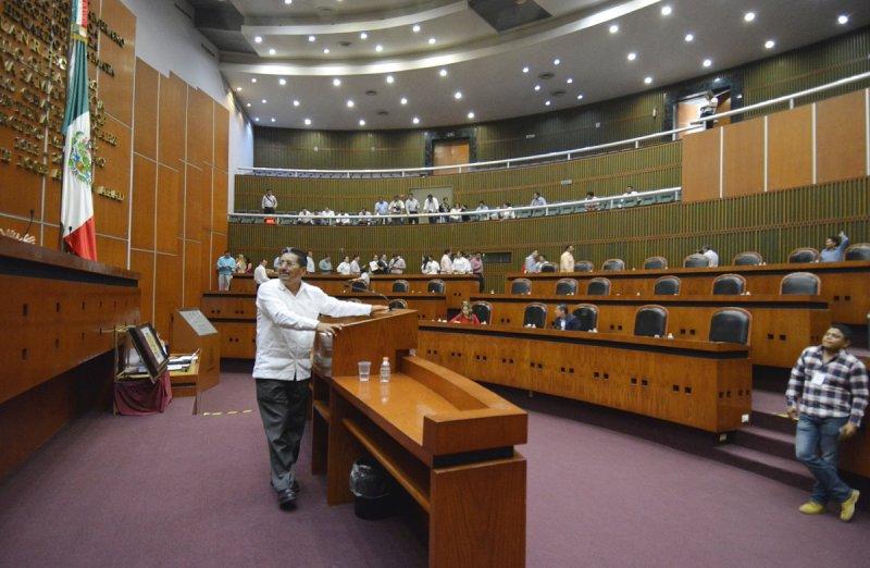 En Guerrero también le quitan diputaciones a Morena, se los dan a PAN, PRD y MC