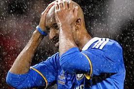 Nicolas Anelka (Final 2008) 7 Pemain Biang Kegagalan Timnya dalam Sejarah Adu Penalti Champions League