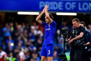 Chelsea defender Alonso pens new 5years  deal