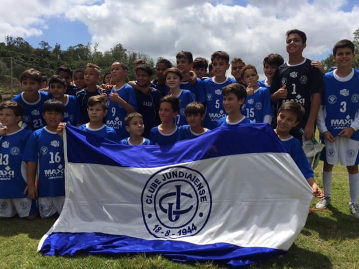 Clube Jundiaiense conquista título do Aberto sub-11 de futebol nos pênaltis cf4e95b96facc