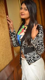Actress Neha Deshpande Stills At Trendz Vivah Collection Launch  0002.jpg