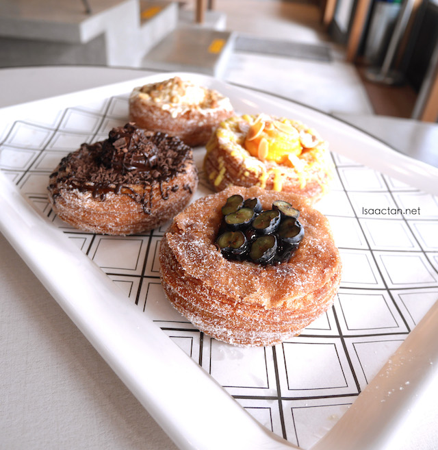 Blueberry, almond, peanut butter and chocolate mousse cronuts