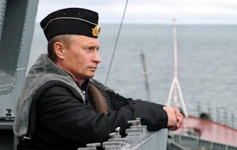 Vízre bocsátották az első, nukleáris drónok hordozására kialakított orosz tengeralattjárót