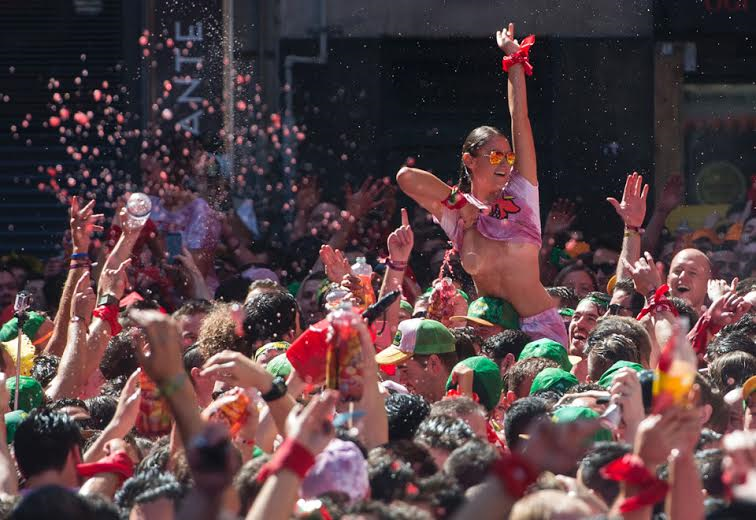 Girls Go Wild And Allow Guys Touch Their Boobs At Running Of The Bulls Festival In