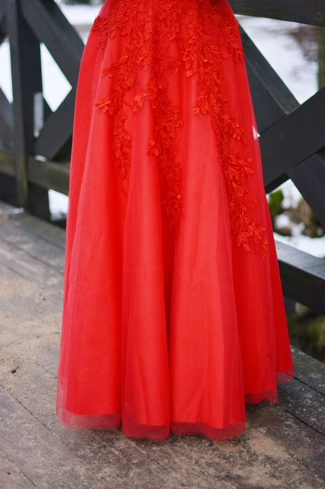 suknia z triulu