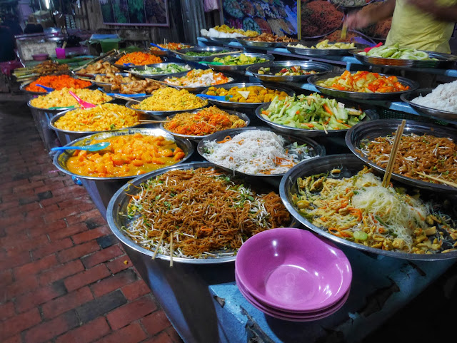 organic vegetarian buffet at the Luang Prabang Night Market