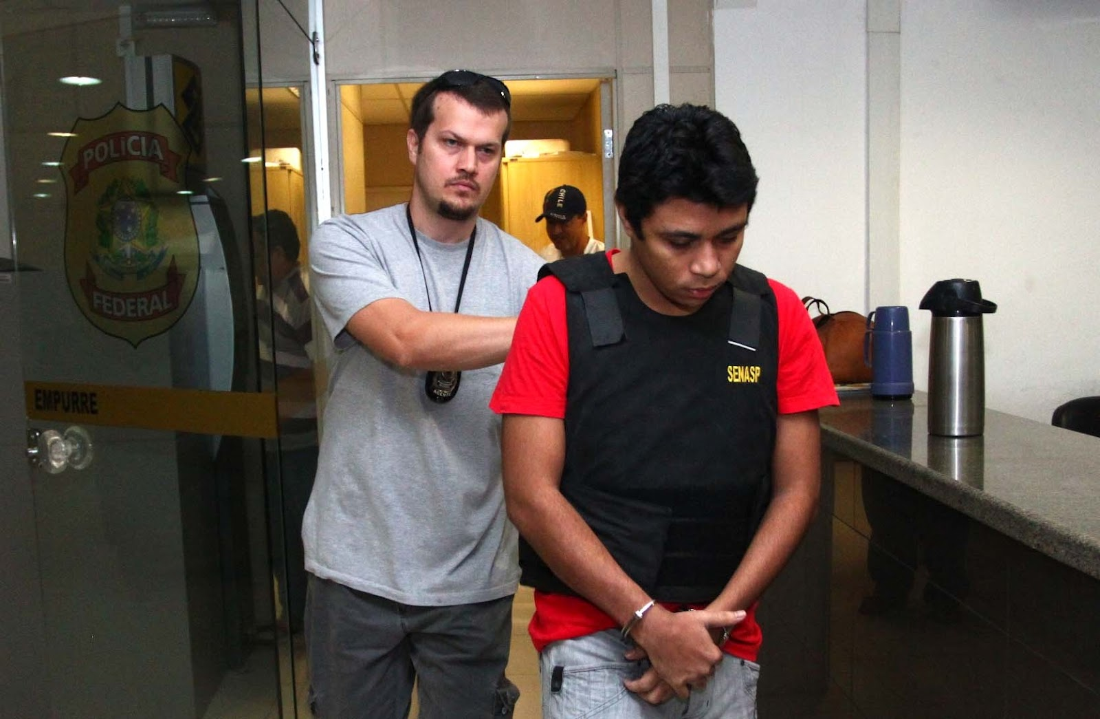 Resultado de imagem para foto prisão de jhonatan de souza