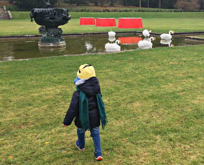 12-days-of-christmas-at-dyffryn-gardens-a-toddler-explores-swans-and-drums
