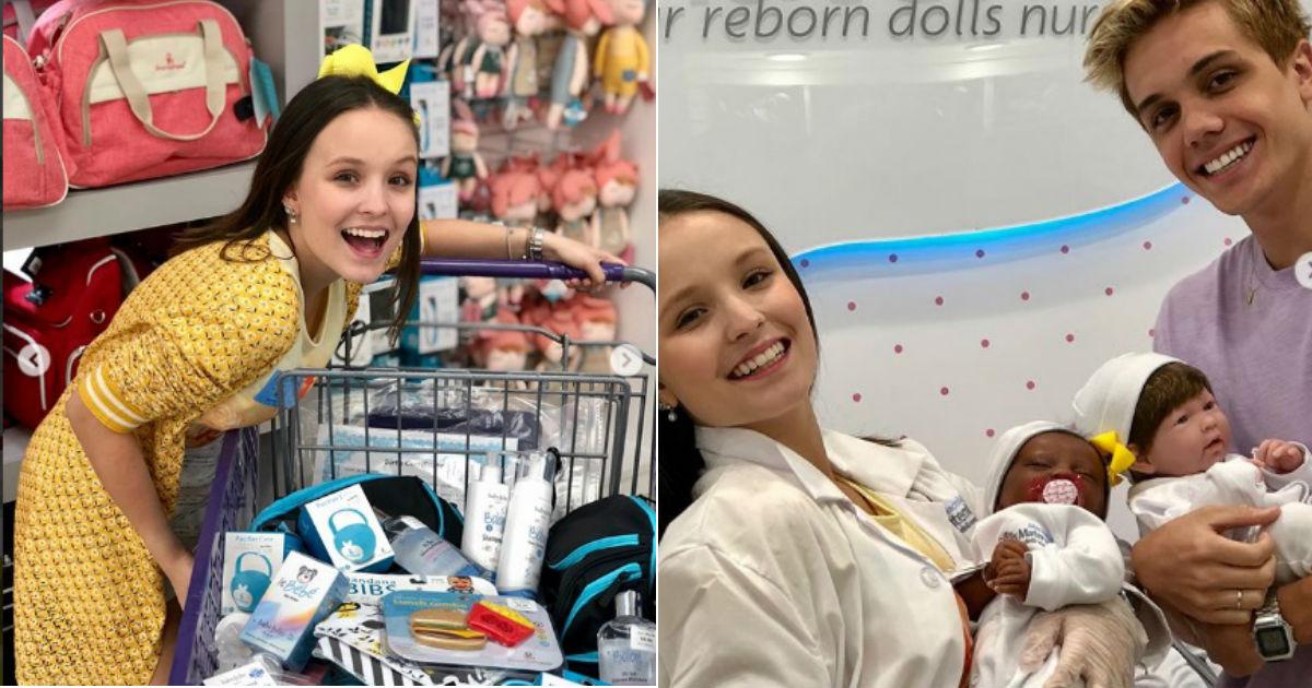 Larissa Manoela Compra em Loja de Enxoval de Bebê e Gera Dúvidas   Grávida   4e14ddef82