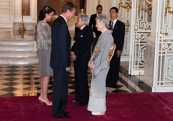 Emperor Akihito, Empress Michiko, Crown Prince Naruhito, Crown Princess Masako, Prince Akishino and Princess Akishino