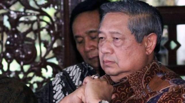 Makin Panas, SBY Ungkap Skenario Penjatuhan Jokowi