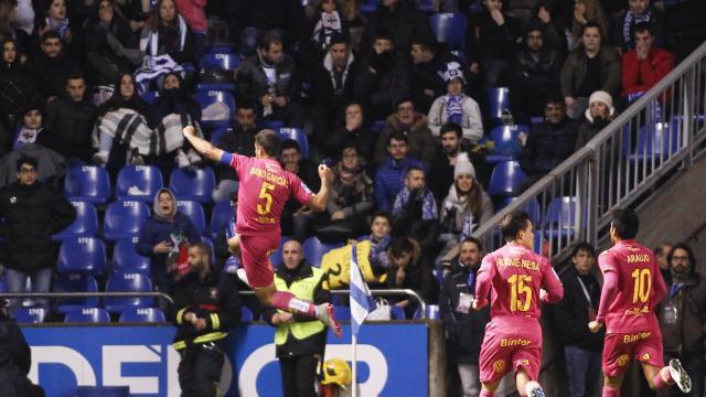 David García celebra su segundo gol en 1ª División
