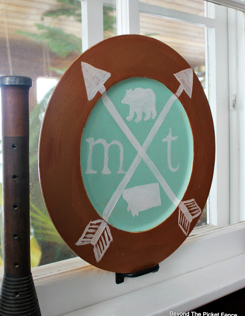 state shield, fusion mineral paint, arrow sign, state sign, copper paint, Montana sign, http://bec4-beyondthepicketfence.blogspot.com/2016/02/state-shield.html