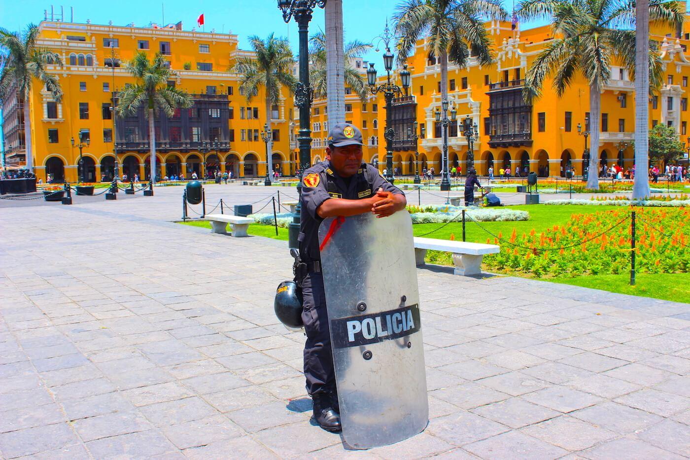 lima police in city centre
