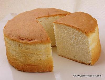 Bizcocho genovés clásico, especial para pasteles y brazos de gitano dulces o salados