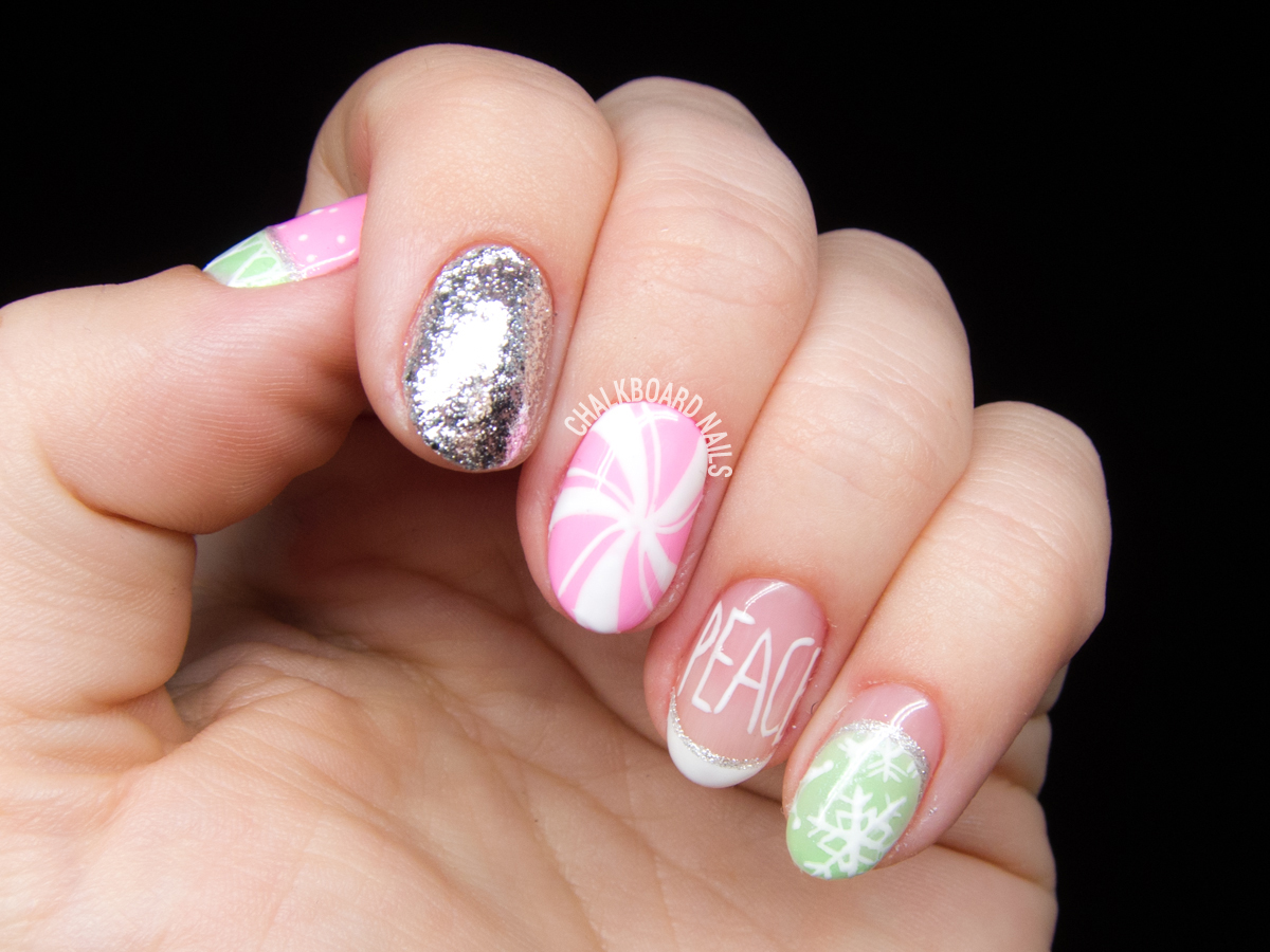 Marshmallow Winter nails by @chalkboardnails
