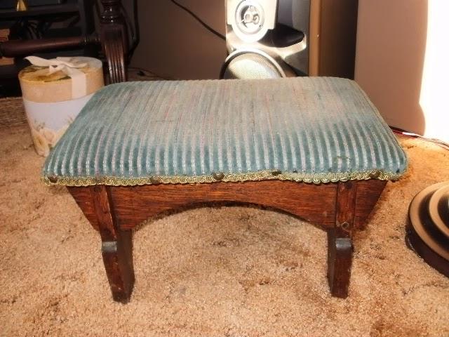 How the stool originally looked.