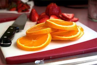 أغذية لتقوية النظر  Berries-and-oranges
