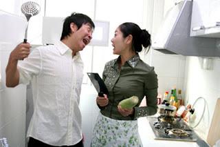 Jokes Jokes Jokes: Funny Husband Wife in Kitchen