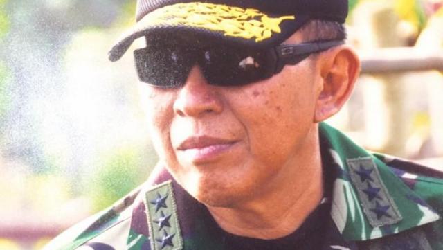 LetJen TNI (Purn) Suryo Prabowo: Sudahlah, terima saja kekalahan ahok, dan nggak perlu disesali lalu nuduh yang ngalahkan ahok itu Islam Radikal dan teroris lah
