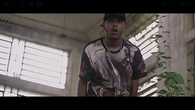 O rap não é um jogo e a rua ainda tem algo a dizer! Ouça Thomas - Cena do louco.