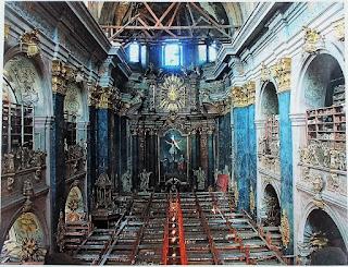 Kościół we Lwowie zamieniony w czasach ZSRR na magazyn książek