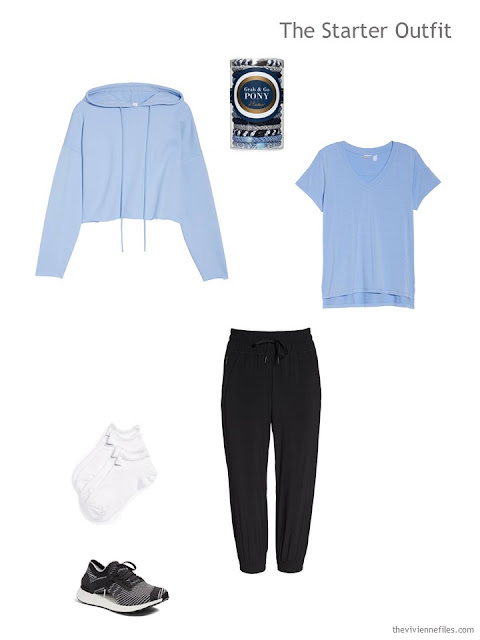workout outfit in black and light blue