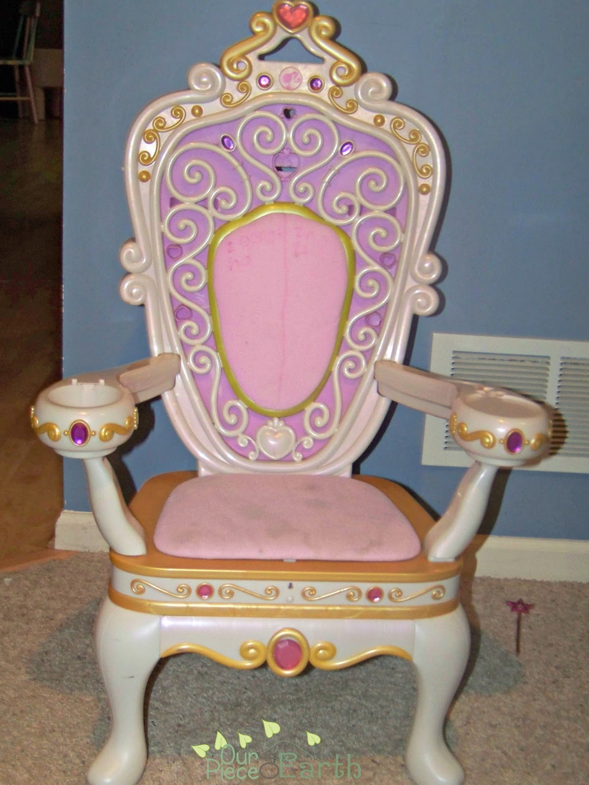 niall and mitch got hitched: DIY Princess Throne