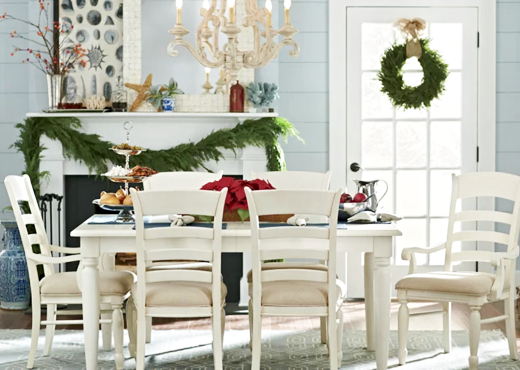 Coastal Christmas Dining Room