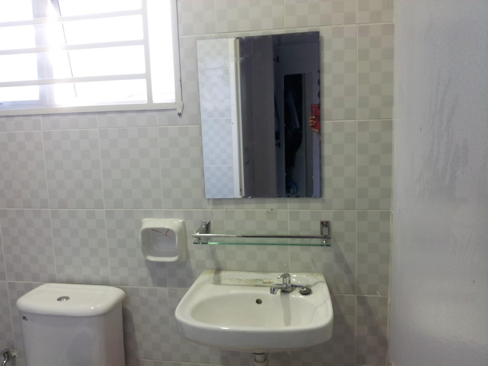 Aksesori Toilet Dan Tandas
