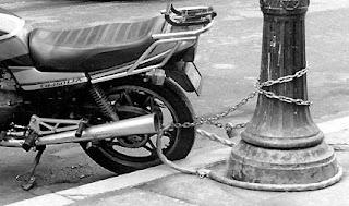 rastreador moto seguro