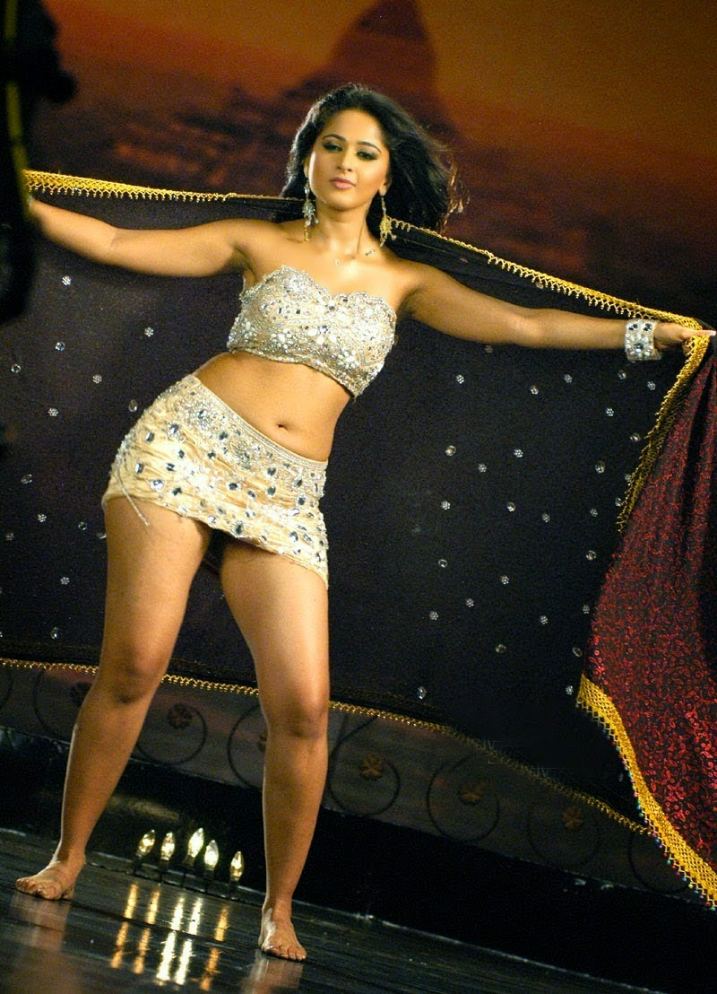 Indian actress heroin anushka shetty nude leaked photos without dress big tits - 4 1
