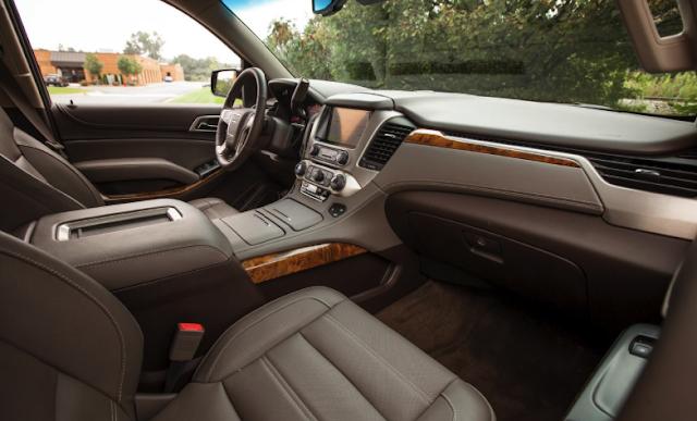 2019 GMC Yukon XL Denali 4WD 8-Speed Automatic
