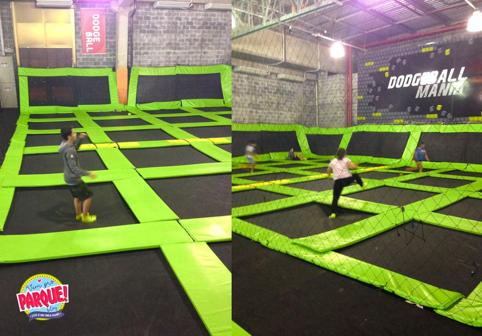jump mania parque de trampolins