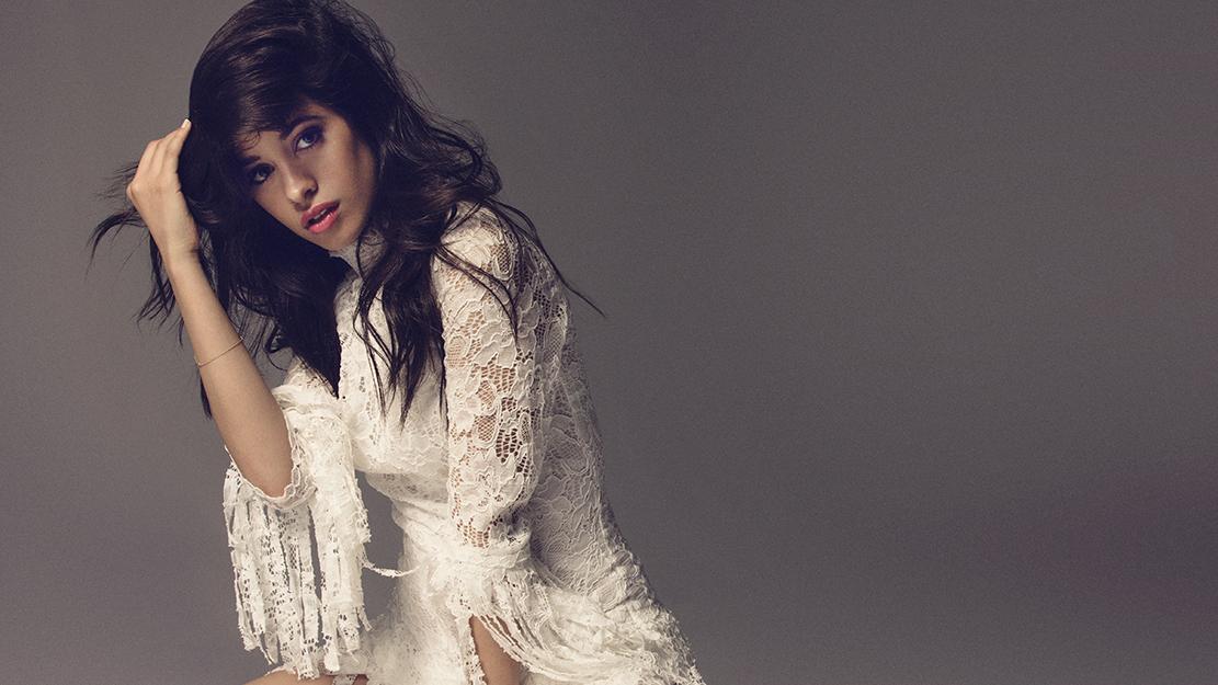"""Além da inédita, chamada """"Love Incredible"""", a ex-integrante do Fifth Harmony também esteve em estúdio com Major Lazer."""