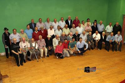 Foto de grupo de la memoria oral de la minería (Barruelo de Santullán)