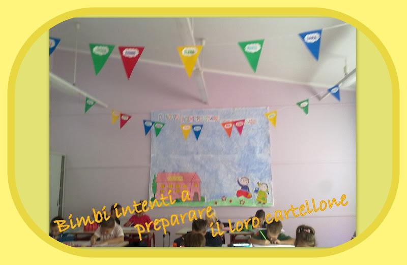 La scuola in cartella primo giorno di scuola 2 pareti for Addobbare la porta dell aula