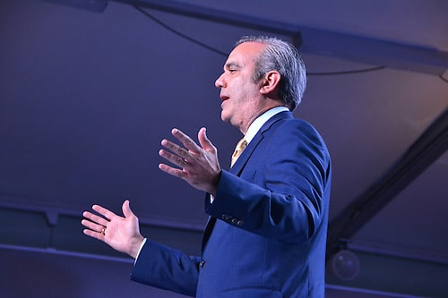 Encuesta Newlink, Luis 23.2%, Leonel 19.1%, Danilo 18.1%, Hipólito 11.7%