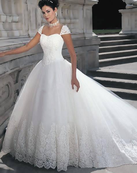 Vestido de novia de encaje elegante y moderno