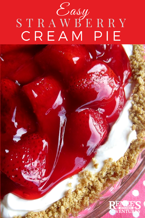 Easy Strawberry and Cream Pie | Renee's Kitchen Adventures - easy dessert recipe using fresh strawberries, cream cheese, and graham crackers. This strawberry pie is a taste of summer! Perfect dessert pie for all your summer parties! #strawberries #strawberry #pie #strawberrypie #easydessert