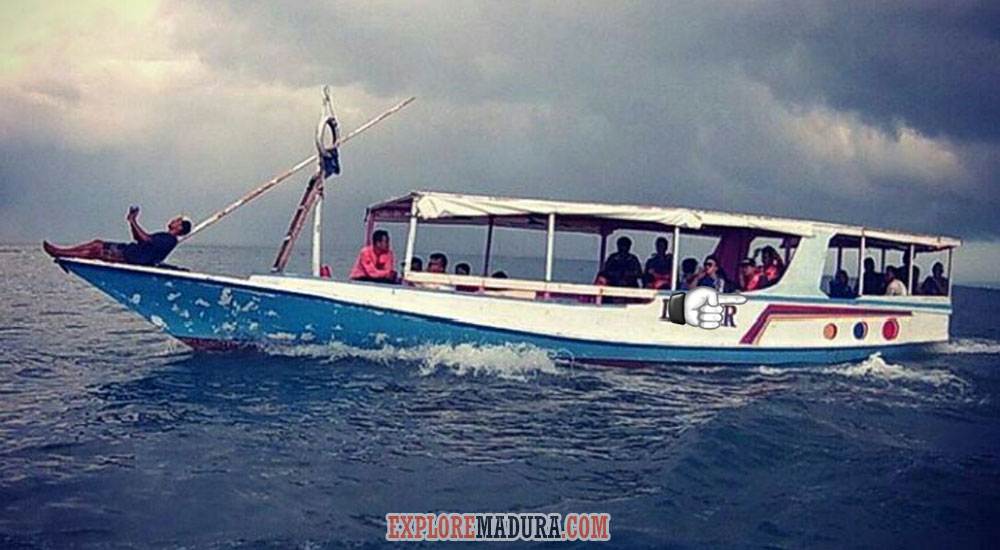 kapal jelajah wisata gabungan